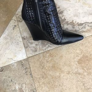 Sandro black leather ankle wedge pouted toe boot